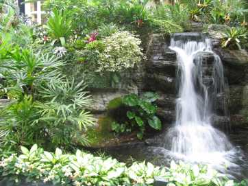 garden-waterfall-design