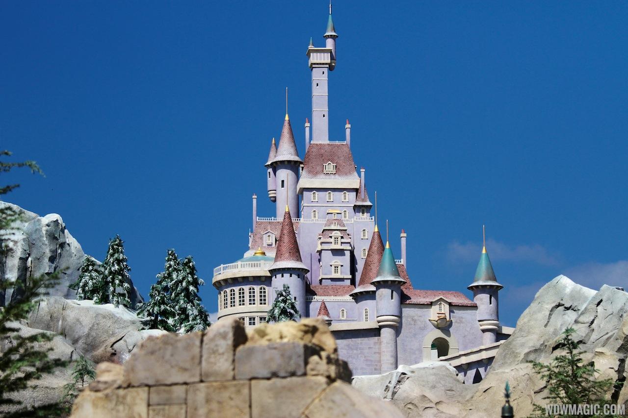 belle s castle disney world from the inside out. Black Bedroom Furniture Sets. Home Design Ideas