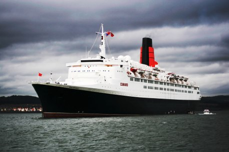 QE2-South_Queensferry