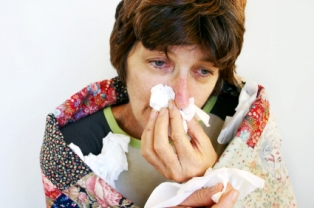 woman_sick_with_cold_314_208